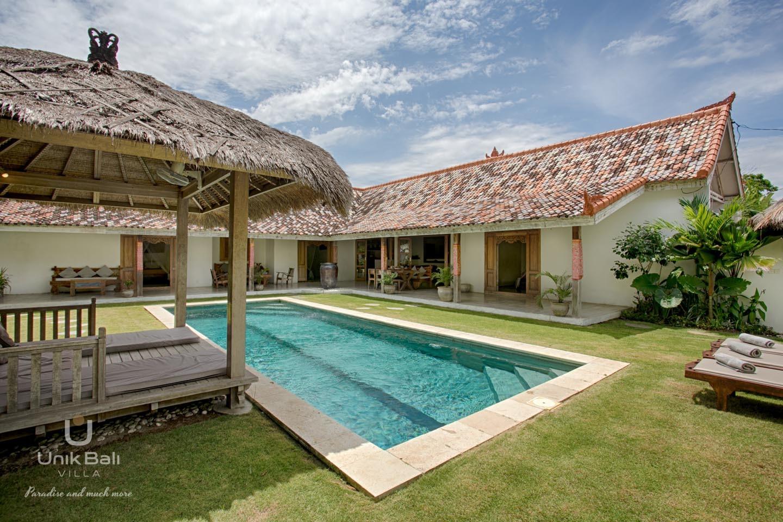 Unik Bali Villa A Vendre Bulan Outside General View 03