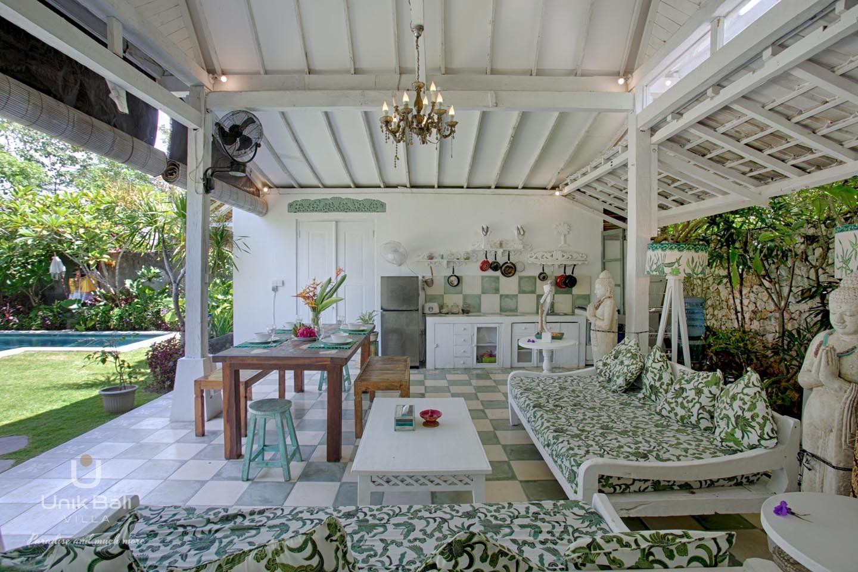 Unik Bali Villa A Vendre Purnama Living And Dining Area View 02