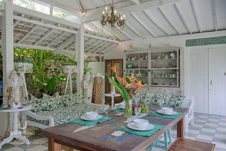 Unik Bali Villa A Vendre Purnama Living And Dining Area View 04