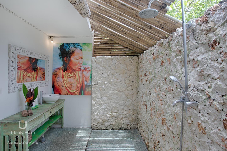 Unik Bali Villa A Vendre Purnama Room 01 Bathroom View 02