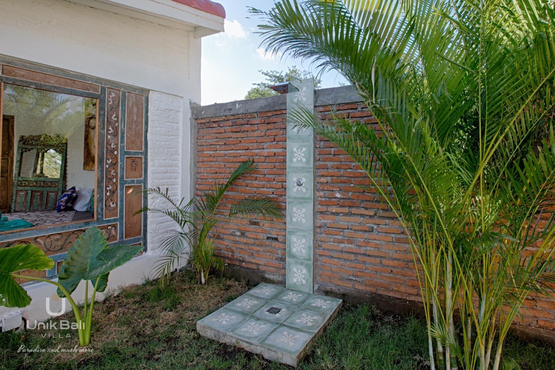 Unik Bali Villa Casa Maiko A Vendre 57 Douche Exterieur View1