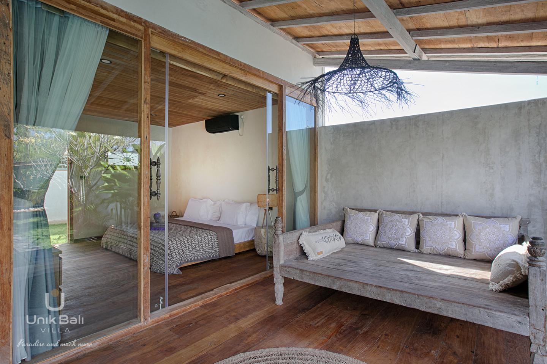 unik-bali-villa-cashew-a-louer-terrasse-chambre-1