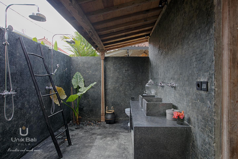 unik-bali-villa-cashew-a-louer-limassan-santos-salle-de-bain