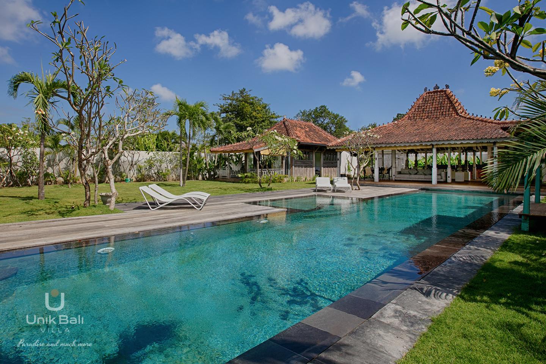 unik-bali-villa-cashew-a-louer-piscine-terrasse