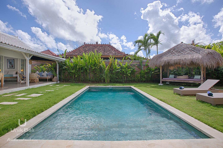 unik-bali-villa-for-rent-holiday-bingin-beach-grey-damai