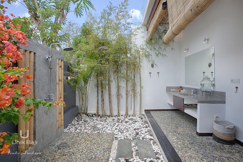 unik-bali-villa-a-louer-samudra-salle-de-bain-1
