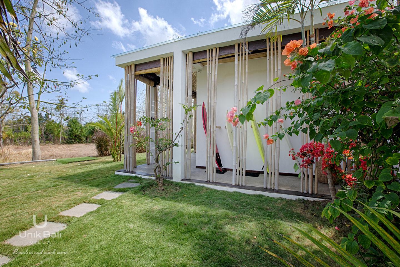 unik-bali-villa-for-rent-samudra-surf-rack