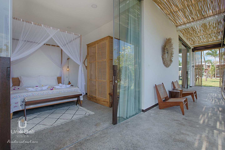 unik-bali-villa-for-rent-samudra-terrace-bedroom-3