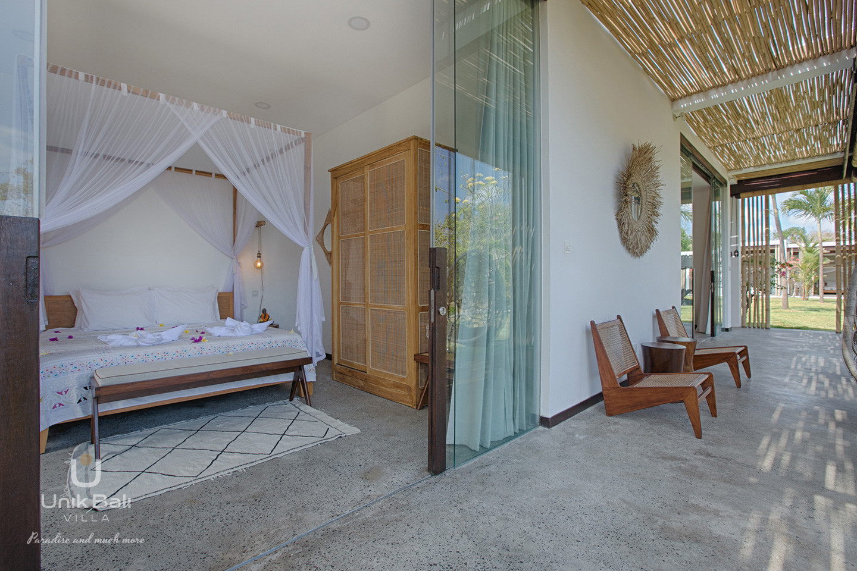 unik-bali-villa-a-louer-samudra-terrasse-chambre-3