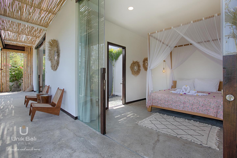 unik-bali-villa-a-louer-samudra-terrasse-chambre-4