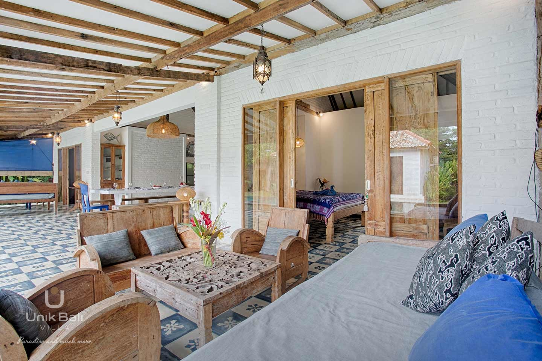 unik-bali-villa-a-louer-maiko-et-indigo-terrasse-salon